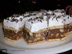 Prajitura Motzaneasca (Katie Teszta) Romanian Desserts, Romanian Food, Romanian Recipes, Pastry Cake, No Bake Treats, Homemade Cakes, Cake Cookies, Tiramisu, Gem