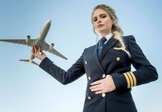 Female Pilot, Female Soldier, Indian Air Hostess, Flight Girls, Pilot Uniform, Commercial Pilot, Airline Pilot, Cute Baby Wallpaper, Flight Attendant Life