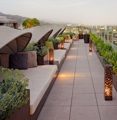 10 Kind Tips: Roofing Architecture Shape simple roofing ideas.Patio Roofing Attached To House. Rooftop Design, Rooftop Lounge, Rooftop Restaurant, Rooftop Terrace, Terrace Garden, Terrace Ideas, Pergola Ideas, Roof Garden Hotel, Roof Terrace Design