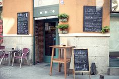 Bar Lambuzo. Foto: conelmorrofino.com Madrid Restaurants, Small Restaurants, Bar, Morning Inspiration, Cafe Food, Adventure Travel, Places To Visit, Photos, Amazing