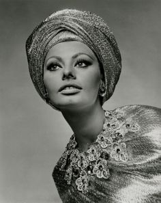 Sophia Loren,The lady has style even now...but i loved her movies back in the day...what fun they were...
