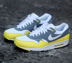 Nike Air Max 1 Essential-White-White-Cool Grey-Black