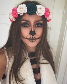 Halloween Makeup Clown, Diy Halloween Costumes, Halloween Make Up, Halloween Pumpkins, Dead Makeup, Skull Makeup, Diy Halloween Videos, Halloween Ideas, Mermaid Costume Makeup