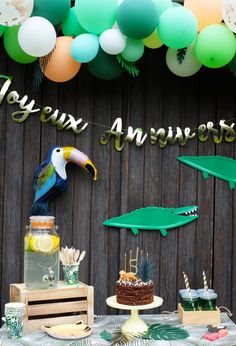 My Jungle themed little lion birthday! - Save The Deco Lion Birthday, Dinosaur Birthday, 2nd Birthday, Birthday Parties, Jungle Party, Baby Shower Jungle, Jungle Theme, Balloon Animals, Birthday Decorations