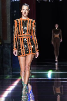 The Balmain Army Debuted Supersexy Spring '16 Looks: Alessandra Ambrosio