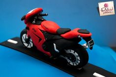 Kawasaki Cake by Dolci Pasteleria | Cake Decorating Ideas