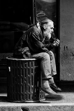 Black & White Photography - Guess I'll Sit Right Here - Street Photography Photo Black, Black White Photos, Black And White Photography, Urban Photography, Portrait Photography, Poverty Photography, Beauty Photography, Photography Ideas, Urbane Fotografie