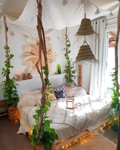 61 Best Bedroom Decor Ideas To Inspire succulent bedroom decor, summer bedroom decor, simple bedroom, lakehouse bedroom, simplistic bedr. - My Website 2020 Mediterranean Bedroom, Mediterranean Homes, Summer Bedroom, Bohemian Bedroom Decor, Bohemian Decor, Bohemian Homes, Bohemian Room, Hippie Bedrooms, Gypsy Decor