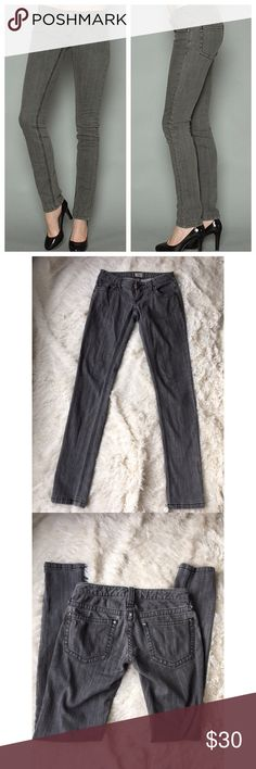 "Free People charcoal skinny jean Free People charcoal skinny jean. Size 24. Intentional Faded/ distressed style. Standard 5 pocket design. Button and zip fly. Soft and broken in. Gently used preowned condition showing no flaws.    Measurements: Rise 6"" Inseam 31"" Leg opening 5""  Please check out my other items! Bundle & save! 🛍🛍 Free People Jeans Skinny"