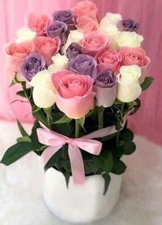 Solve Roses &-Romance Series jigsaw puzzle online with 70 pieces Easter Flower Arrangements, Beautiful Flower Arrangements, Easter Flowers, Beautiful Flowers Wallpapers, Beautiful Rose Flowers, Amazing Flowers, Birthday Wishes Flowers, Happy Birthday Flower, Rose Flower Wallpaper