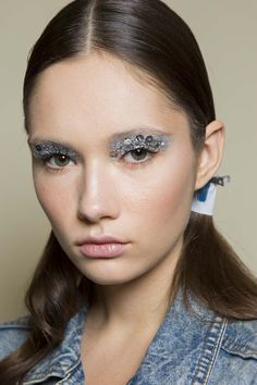 Eye makeup with sequins? Count us in. Game-changer.