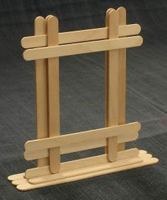 Popsicle stick photo frame - Crafts - Popsicle stick picture frame, suitable for craftsman req, site has lots of popsicle stick idea, som - Popsicle Stick Picture Frame, Popsicle Stick Art, Popsicle Crafts, Craft Stick Crafts, Craft Sticks, Craft Ideas, Resin Crafts, Lolly Stick Craft, Craft Stick Projects