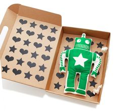8 Brilliant Examples of Toy Packaging from 2014 on Packaging of the World - Creative Package Design Gallery