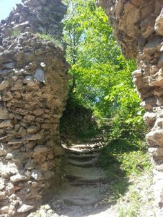 Tip na túru: Hrad Ostrý kameň a Záruby pri Smoleniciach Turu, Travel, Viajes, Destinations, Traveling, Trips