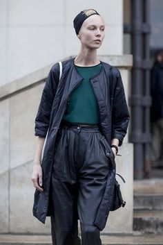 Gorgeous in loose fit leather pants. #offduty #PFW