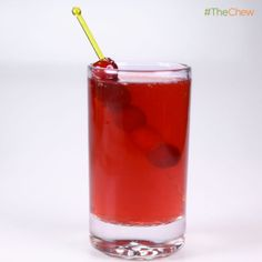 Clinton Kelly's Cranberry Claus Punch #cocktail #TheChew