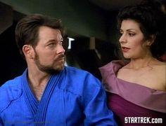 Riker & Troi in Ménage A Troi, 1990.