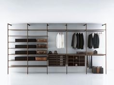 Storage Cabina armadio / Walk-in closet - Designer Cupboard systems by Porro ✓ Comprehensive product & design information ✓ Catalogs ➜ Get inspired now Wardrobe Room, Walk In Wardrobe, Wardrobe Closet, Closet Bedroom, Walking Closet, Walk In Closet Design, Closet Designs, Minimalist Apartment, Minimalist Home Decor