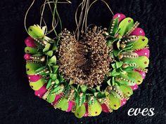 Floral Garland, Flower Garlands, Flower Hair Accessories, Wedding Hair Accessories, Bridal Flowers, Flowers In Hair, Indian Bridal Hairstyles, Wedding Hairstyles, Bridal Makeover