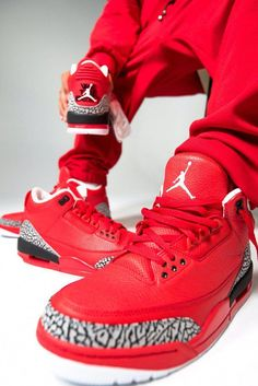 48a5304948d6 The Air Jordan 3 retro is a re-issued version of Michael Jordan s third  signature sneaker. Click in for the most up to date Air Jordan 3 release  dates