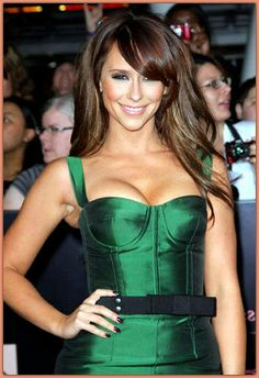This has forced many of her fans to believe that she indeed had been under knife. But frankly speaking a lot of confusion is also present in. Celebrity Measurements, Jennifer Love Hewitt, Sexy Women, Confusion, Celebrities, Fans, Beautiful, Celebs, Celebrity