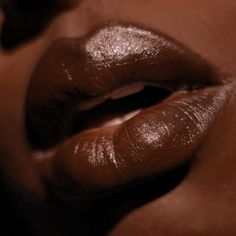 Bite Beauty, Makeup Swatches, Naturally Beautiful, Dark Skin, Natural Makeup, Lip Balm, Cocoa, Beauty Makeup, Beauty Hacks