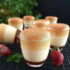 Baking Recipes, Snack Recipes, Dessert Recipes, Pudding Desserts, Fun Desserts, Puding Cake, Yummy Snacks, Yummy Food, Dessert Boxes