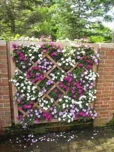 Fabulous DIY Vertical Garden Design Ideas Do you have a blank wall? do you want to decorate it? the best way to that is to create a vertical garden wall inside your home. A vertical garden wall, also called a… Continue Reading → Vertical Garden Design, Vertical Gardens, Fence Design, Garden Wall Designs, Lattice Design, Patio Design, Cottage Garden Design, Garden Ideas To Make, Small Front Garden Ideas On A Budget