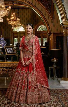 Sabyasachi Lehenga Bridal, Pink Bridal Lehenga, Bridal Lehenga Online, Designer Bridal Lehenga, Indian Bridal Lehenga, Red Lehenga, Indian Bridal Outfits, Pakistani Wedding Dresses, Anarkali