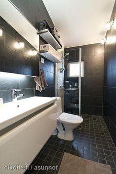 Tuomarila bathroom