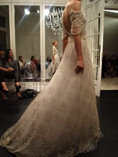 Celia Kritharioti Haute Couture. This dress is absolutely beautiful.