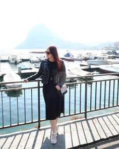 ROXANE - Travel : Discovering Switzerland and loving Lugano and its beautiful lake. This is also my go-to Spring look at the moment: a black midi dress, black leather jacket, sneakers and a Night&Day bag by De Marquet. Visit Switzerland, Lugano, Day Bag, Day For Night, Spring Looks, Black Midi Dress, Chloe, Black Leather, Leather Jacket