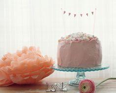 Valentine's day cake Valentines Day Cakes, Party Time, Happy Birthday, Baking, Desserts, Food, Happy Brithday, Tailgate Desserts, Deserts