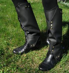 Loki Boot Covers - Faux Leather Gaiters - Boot Wraps - Spats - Fantasy - Black with Brushed Gold Snaps Loki Costume, Loki Cosplay, Cosplay Boots, Cosplay Diy, Traje Loki, Lady Loki, Fashion Shoes, Mens Fashion, Loki Thor