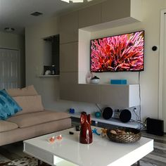 Check out Trubo348's Living Room on IKEA Share Space.
