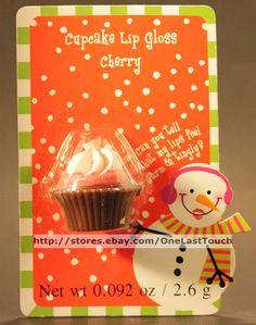 CHERRY Flavored CUPCAKE SHAPED Lip Balm/Gloss CHRISTMAS Snowman (CARDED)