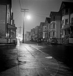 Jack Delano: Foggy Night. New Bedford, Massachusetts, 1940.