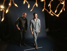 Buenos Gays Aires: Nick Jonas viste el perfecto look en denim para la...