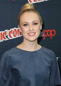 Hannah New appear at Starz 'Black Sails' Press Line - http://celebs-life.com/?p=45933