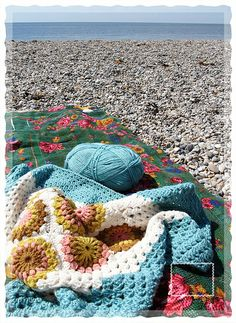 my next crocheted blanket will be this one. most perfect blanket colors ever. (i have a thing for cool yellows and blues)