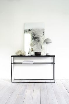 Dis konsollbord - designerhome.no Open Plan, Condo, New Homes, Tables, Furniture, Design, Home Decor, Houses, Home Deco