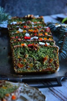 "ZIELONE KEKS ""WIGILIJNA GAŁĄŹ"" Healthy Sweets, Healthy Recipes, Food Decoration, Holidays And Events, Avocado Toast, Baked Goods, Good Food, Food And Drink, Veggies"