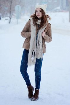 30 Ways to Look Stylish in the Dead of Winter - tan cargo coat, knitted scarf, + skinny denim and snow boots