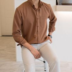 Stylish Mens Outfits, Casual Outfits, Men Casual, Chambray Shirt Outfits, Casual Clothes, Korean Fashion Men, Mens Fashion Suits, Man Fashion, Mens Clothing Styles
