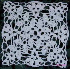 Voorbeeld vierkant haken bij patroon hiernaast.