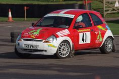 Father Son Crew Les And Tom Driving Their Ex Ford Promotional Car Which Won Its First Years Ka Championship