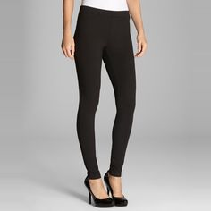 The Ten Best Black Leggings // #6 Hue Ponte Leggings // Check out the rest of the best here!