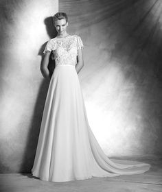 Vera, elegant lace wedding dress, bateau neckline, romantic style