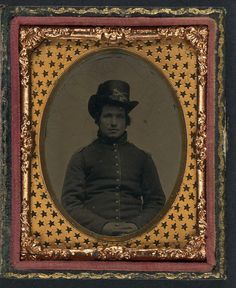 (c. 1861-1865) Union soldier in infantry shell jacket with shoulder scales and Company E Hardee hat