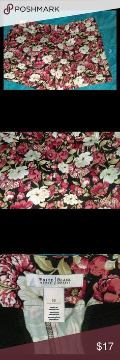 ladies size 12 stretch casual cotton shorts floral ladies size 12 stretch casual cotton shorts floral Excellent condition  White House Black Market Shorts